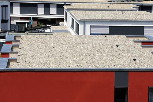 Flat roof for blue roof design