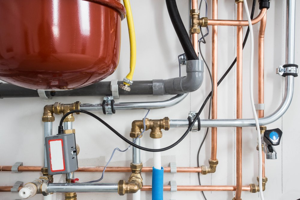 SS_Heating installation, household boiler with heat pump