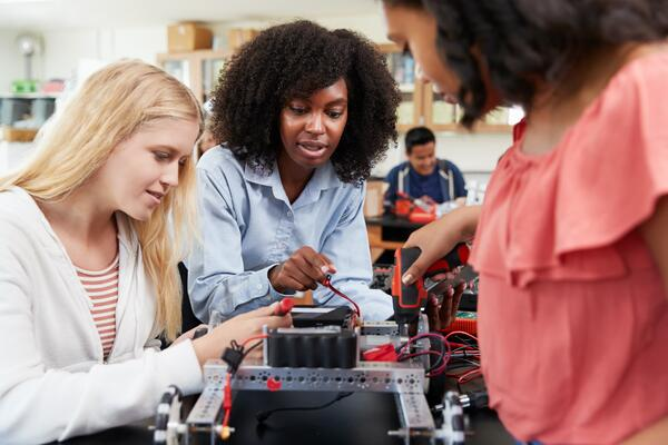 STEM Colleges For Women (2016)