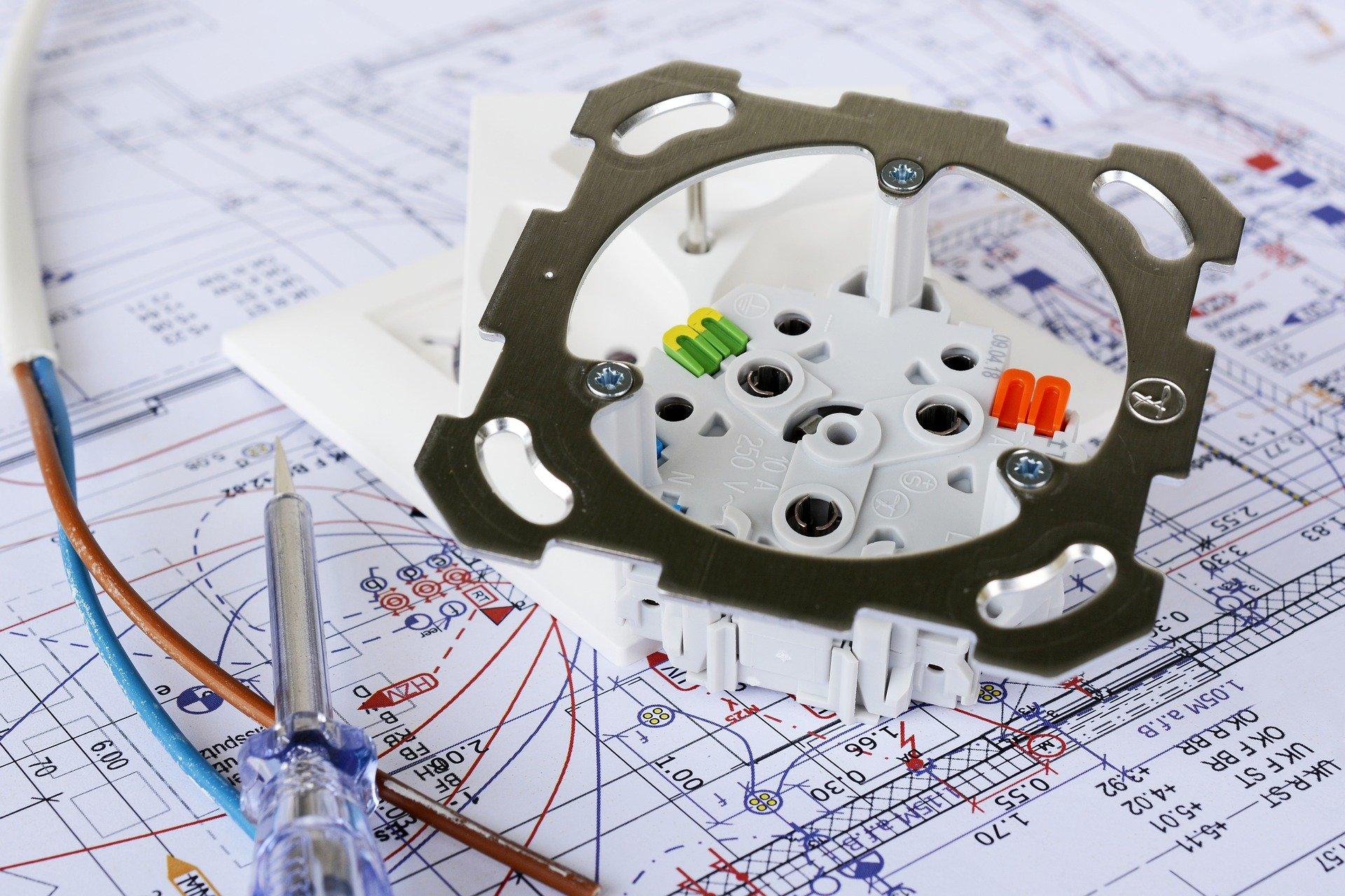 Safe desk module design