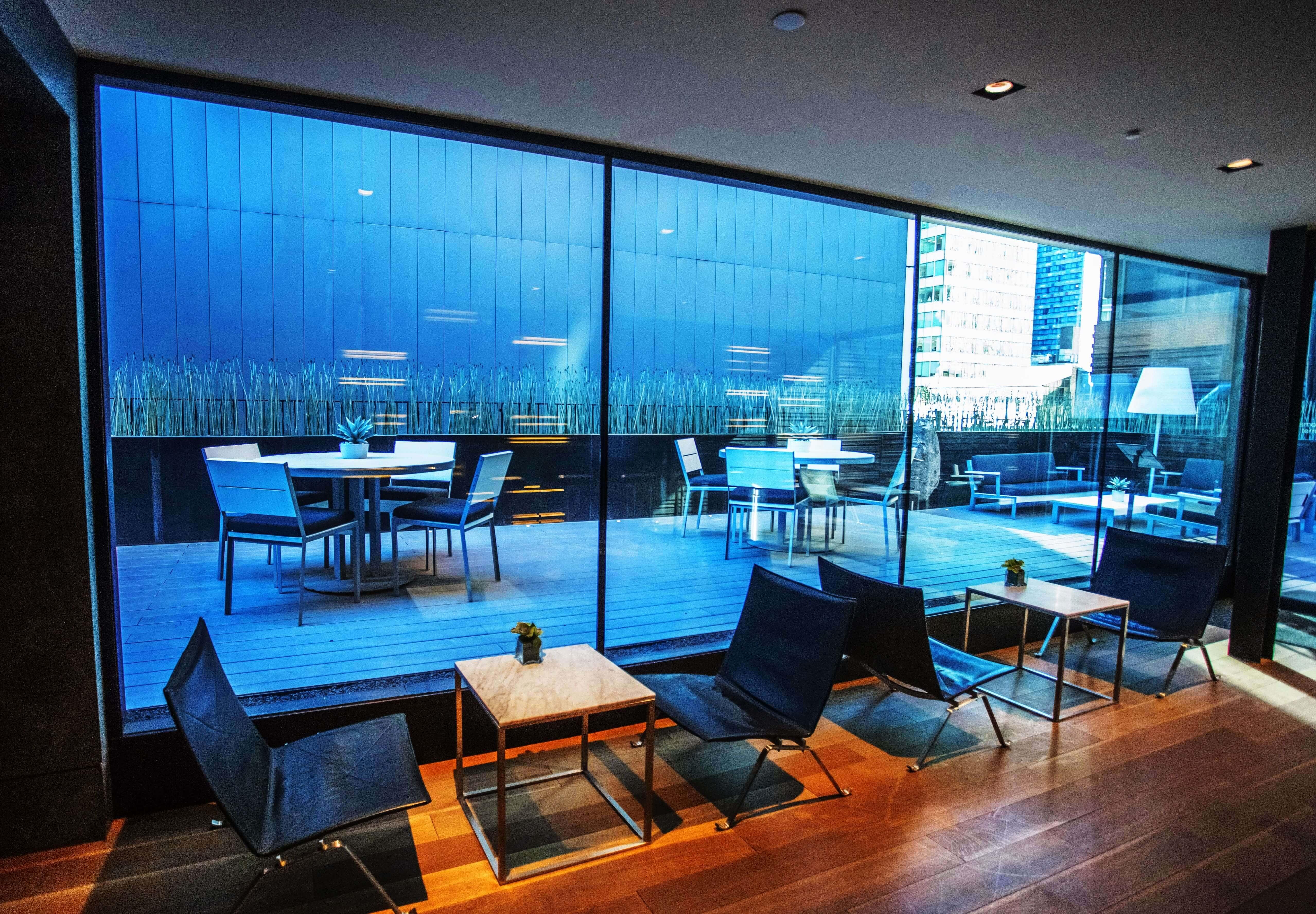 AKA-Hotel-Times-Square-Sky-Lounge