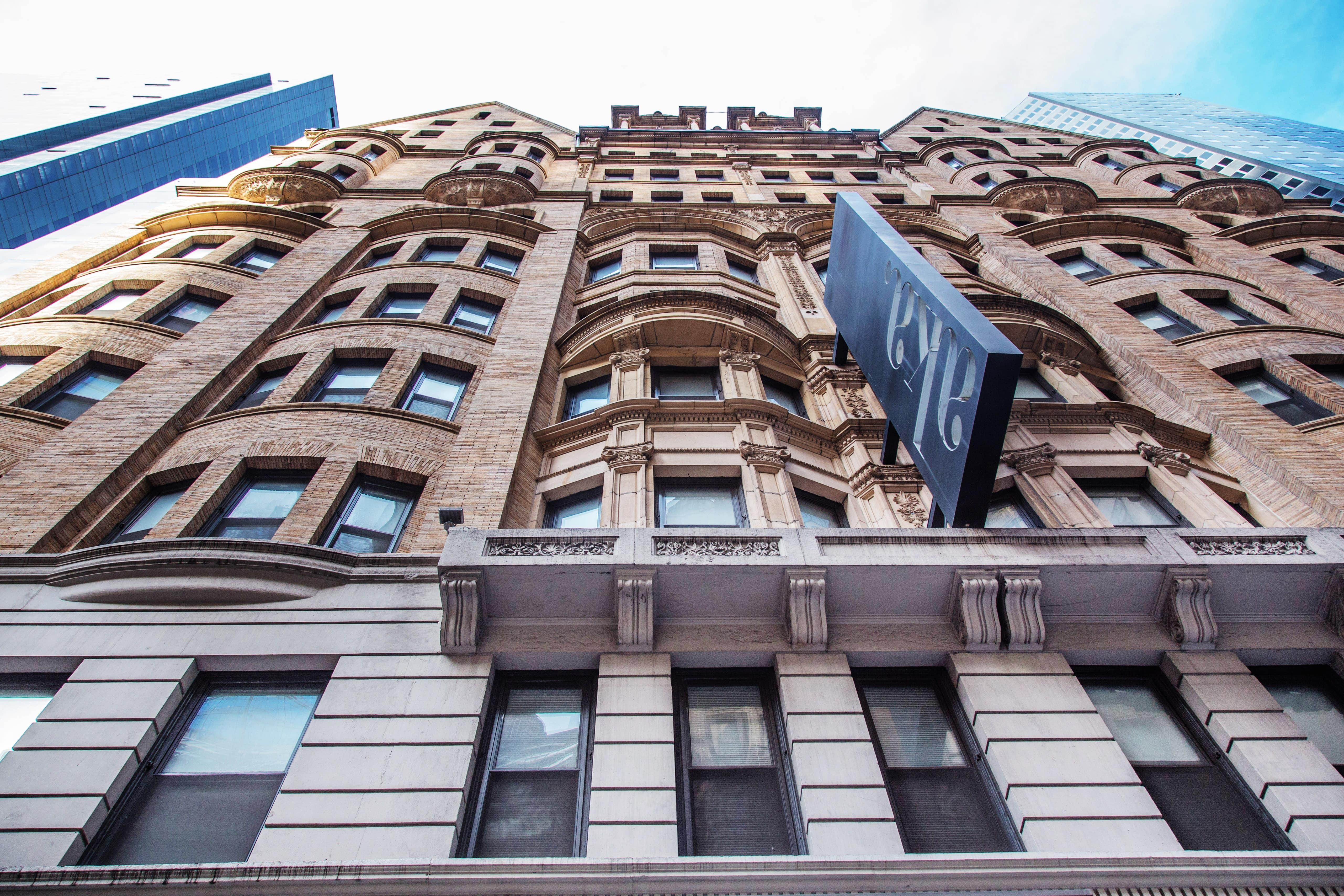 AKA-Hotel-Times-Square