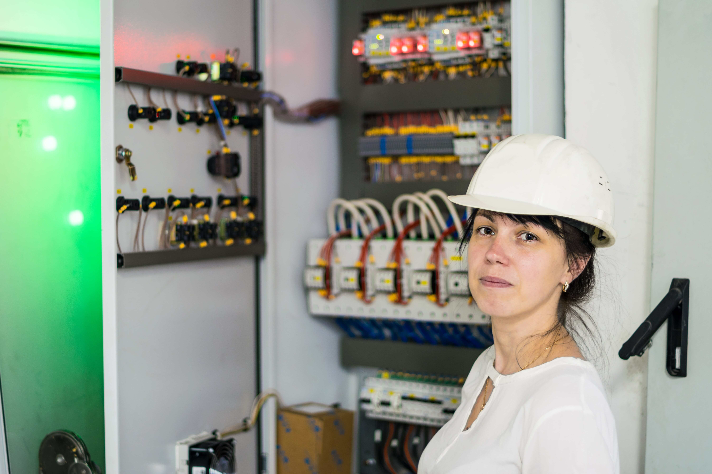 Female electrical engineers