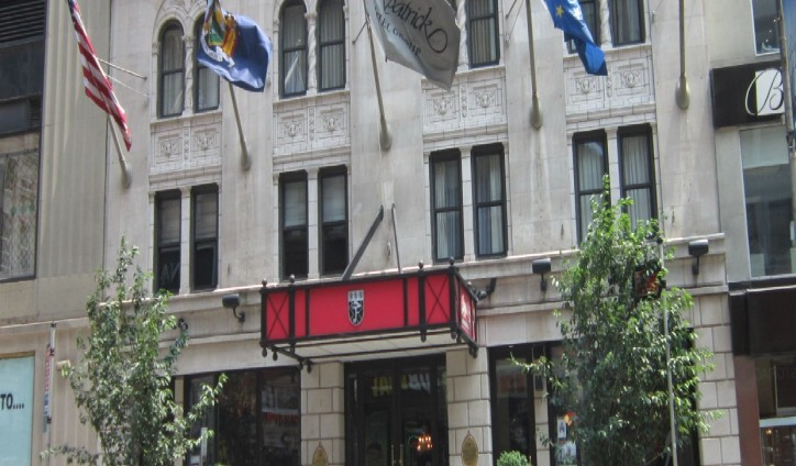 The-Fitzpatrick-Manhattan-Hotel