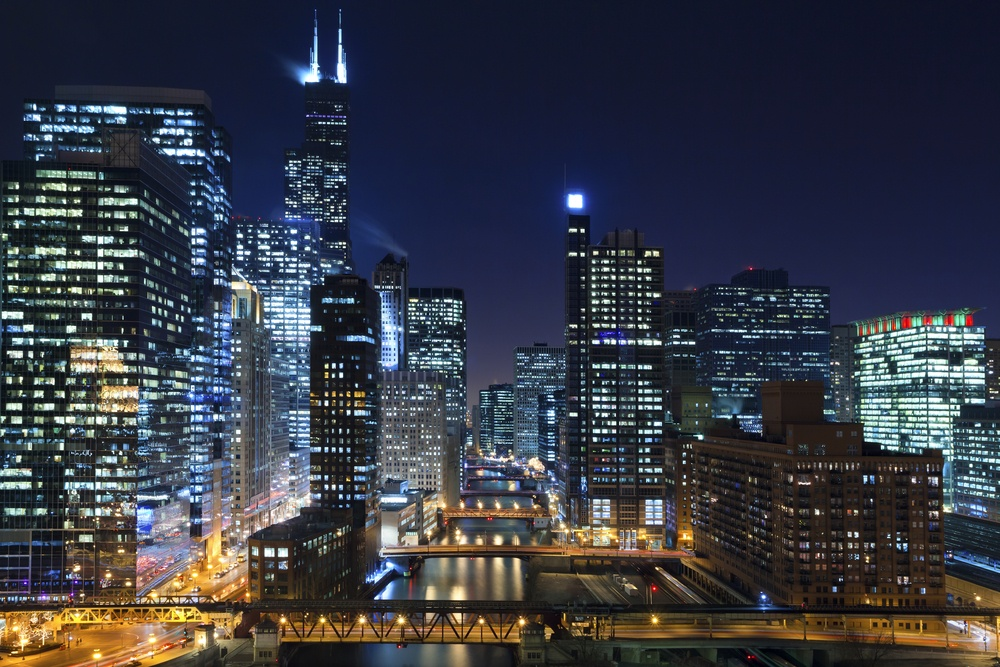 shutterstock_Chicago and Chicago River at night
